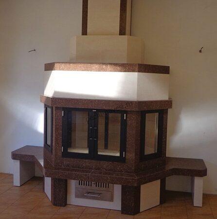 уличный дровяной камин в доме
